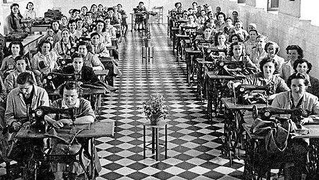 Foto 11 de Máquinas de coser en Vigo | Alfa- Refrey