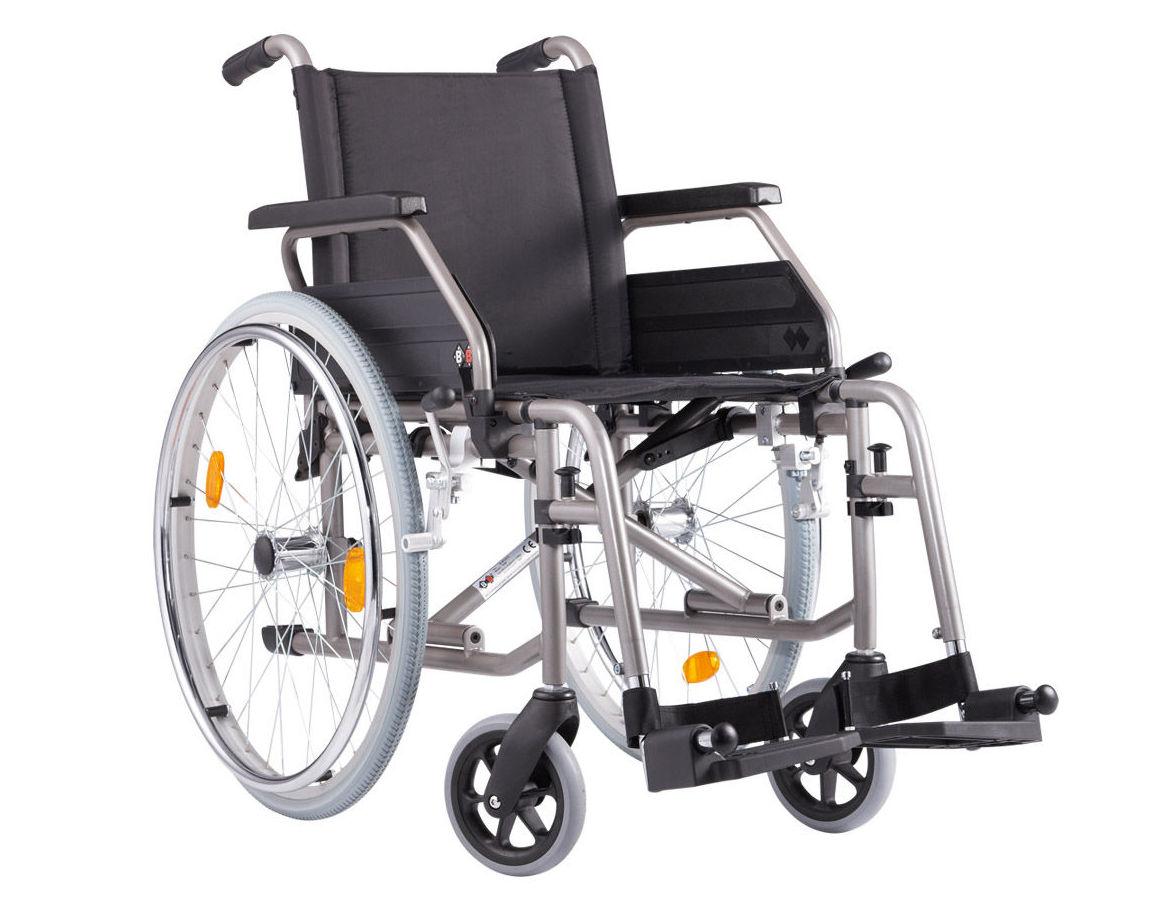Silla de ruedas AD6