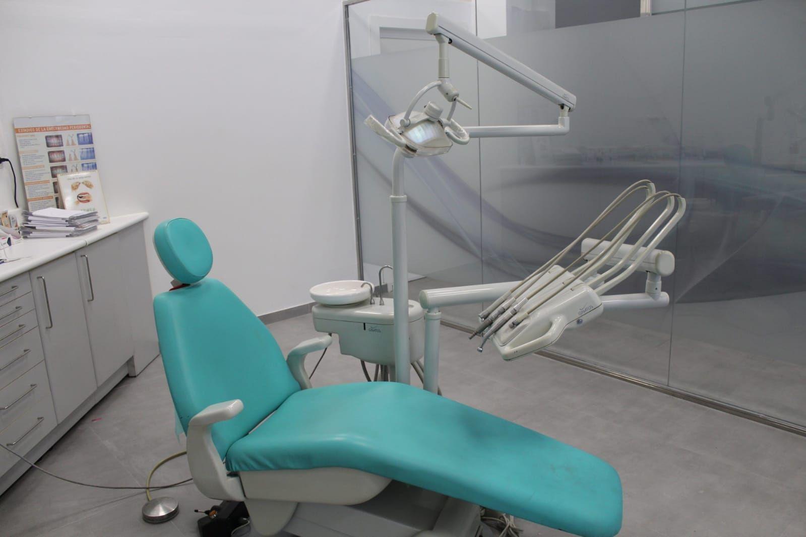 Implantes dentales en Sant Vicenç Dels Horts