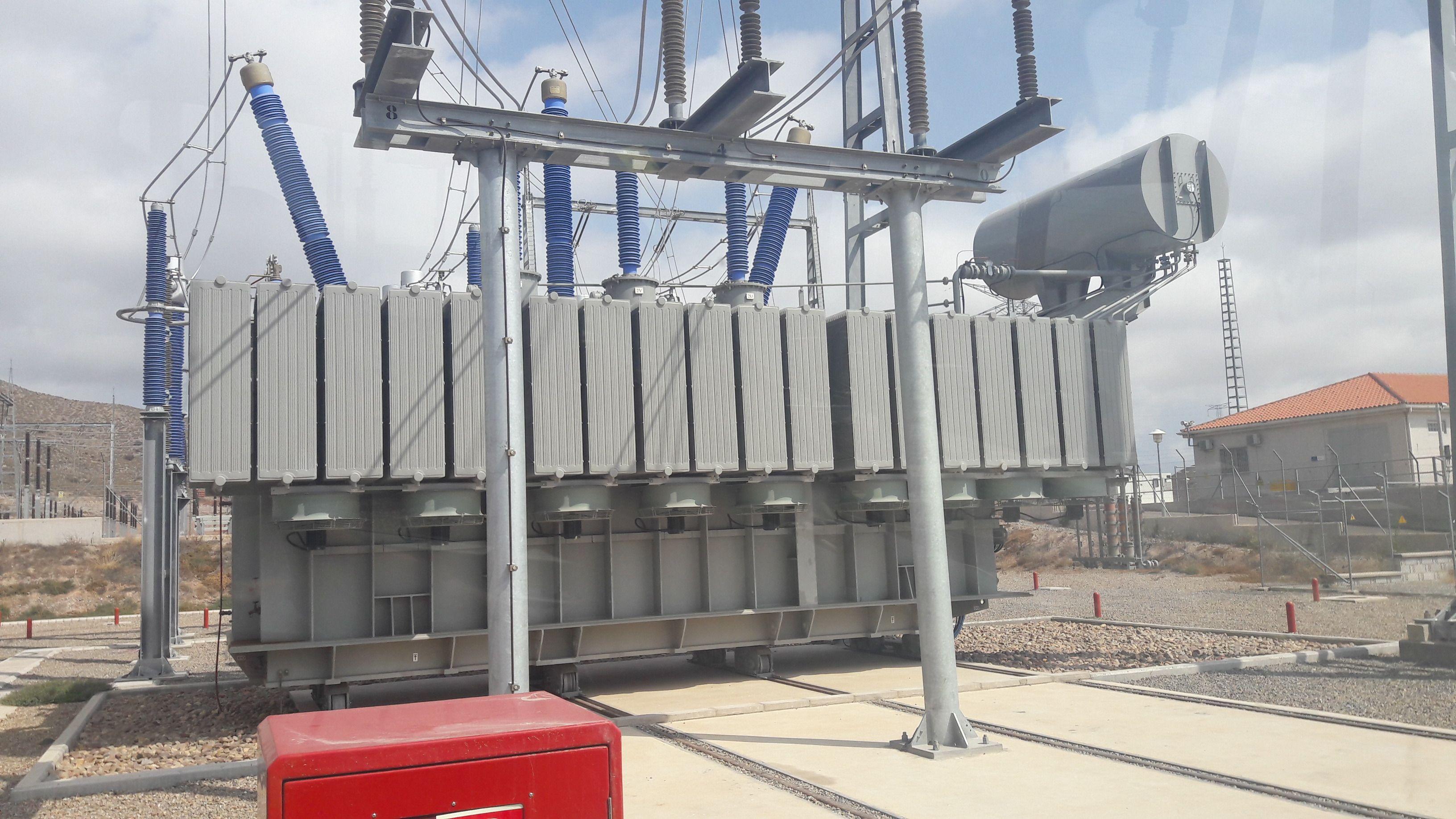 Instalaciones de centros de transformación M.T.: Servicios de Electricidad Matencio