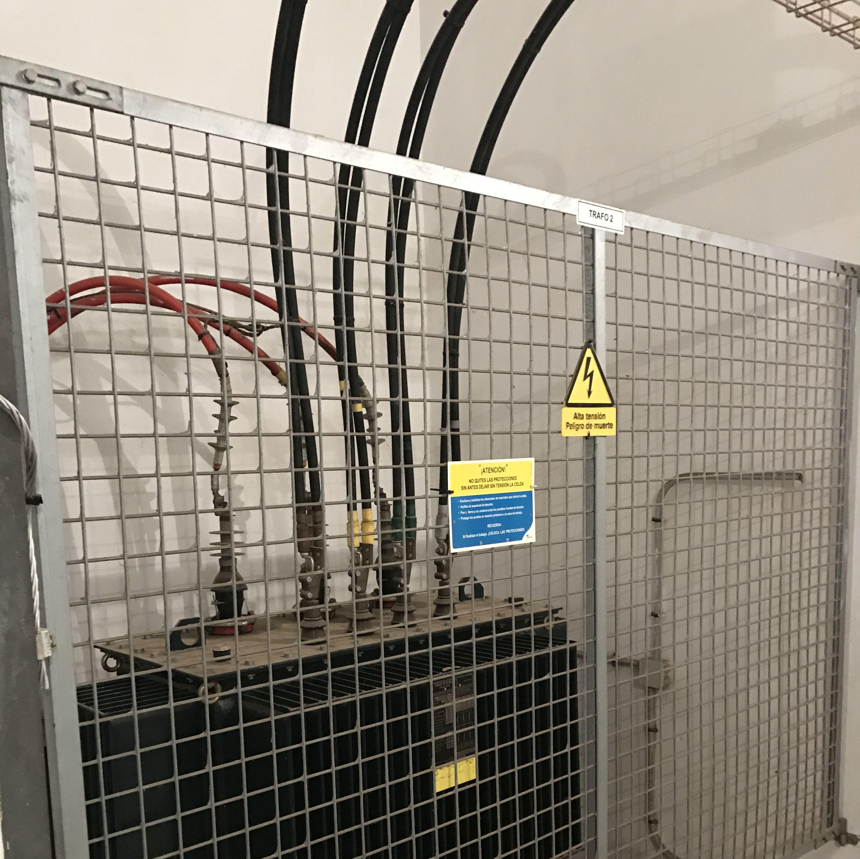 Mantenimientos en centros de transformación M.T.: Servicios de Electricidad Matencio