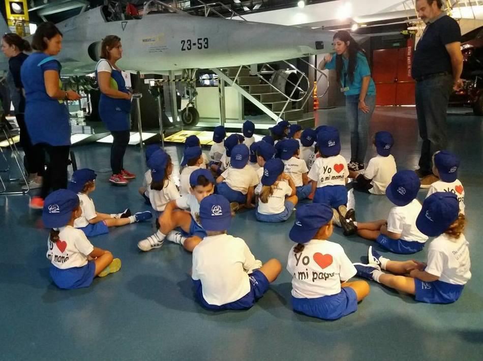 Foto 179 de Guarderías y Escuelas infantiles en Las Palmas de Gran Canaria | Escuela Maternal Infantil Dr.Sánchez