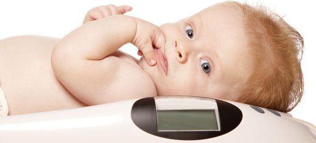 Tabla orientativa sobre los pesos y estatura del bebé