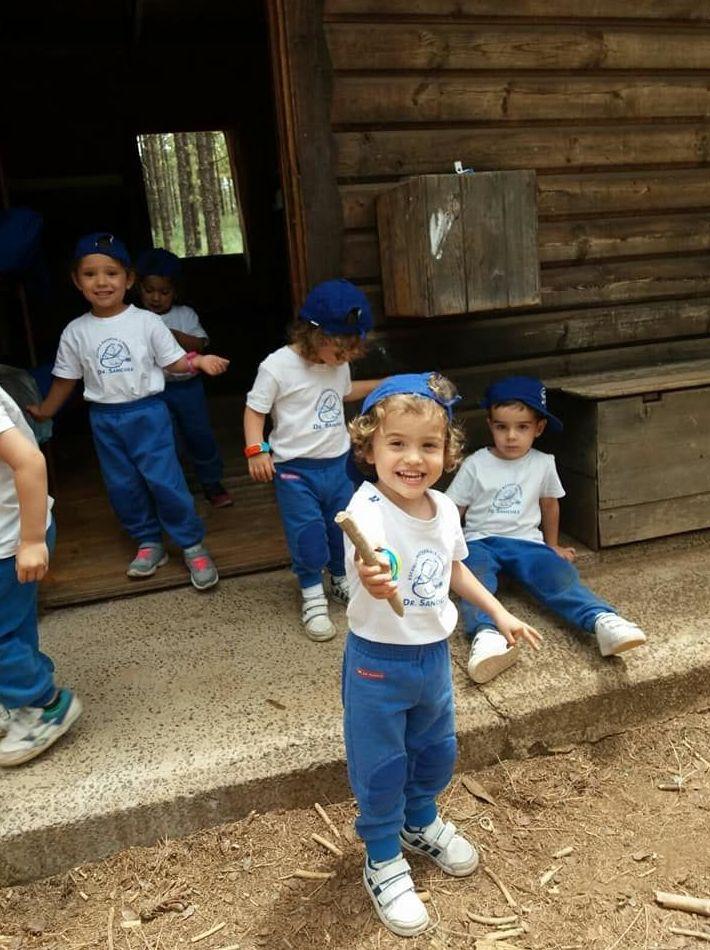 Foto 173 de Guarderías y Escuelas infantiles en Las Palmas de Gran Canaria | Escuela Maternal Infantil Dr.Sánchez
