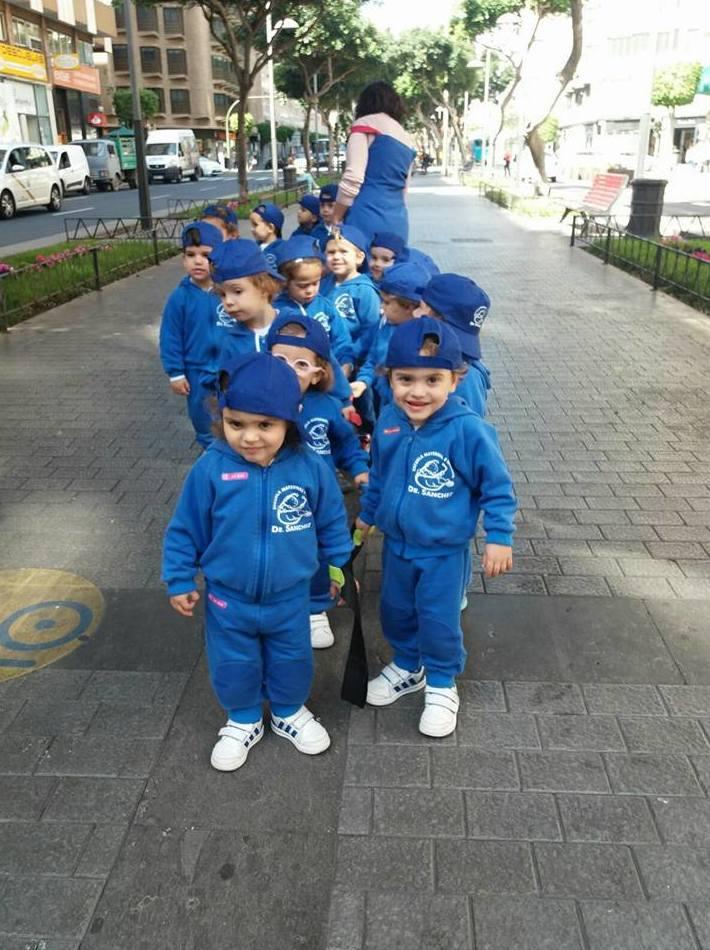 Foto 42 de Guarderías y Escuelas infantiles en Las Palmas de Gran Canaria | Escuela Maternal Infantil Dr.Sánchez