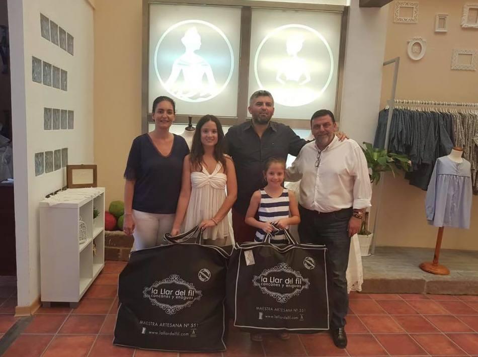 Entrega de cancanes a las Falleras Mayores de Denia 2019