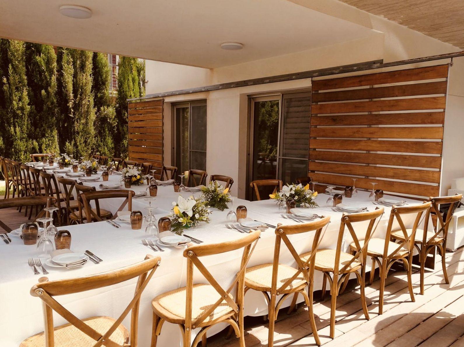 Foto 8 de Alquiler de sillas, mesas y menaje en El Palmar | Mantelería & Menaje