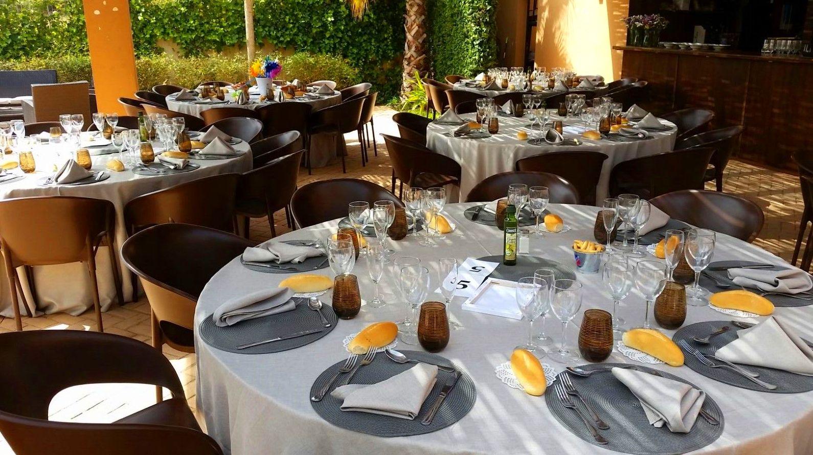 Foto 56 de Alquiler de sillas, mesas y menaje en  | Mantelería & Menaje