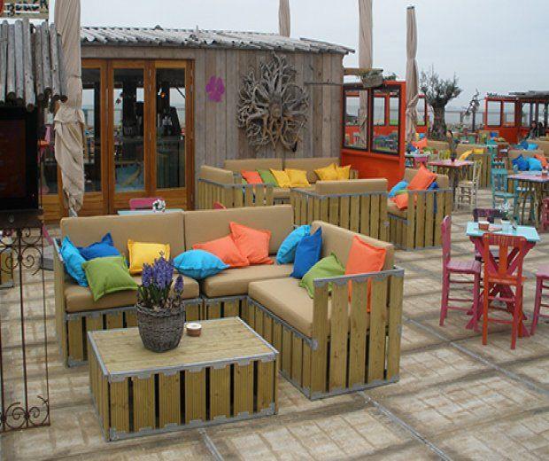 Sofá modulable en madera natural: Alquiler de Mantelería & Menaje