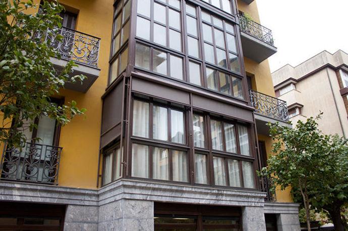 Instalación de toldos verticales en Tolosa