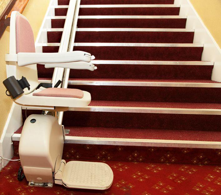 Expertos en sillas salvaescaleras en Asturias