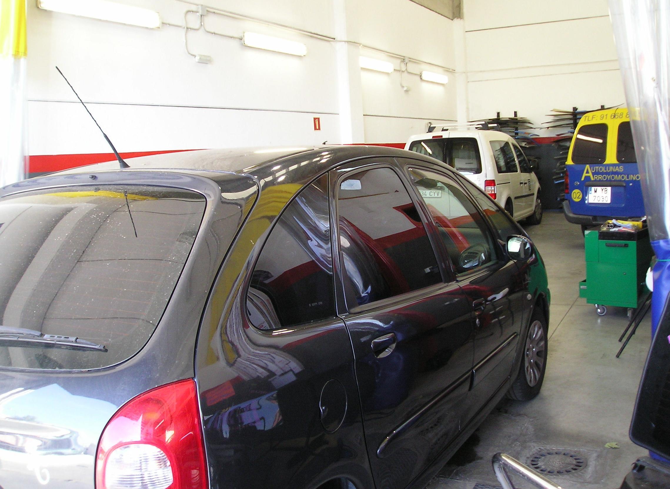 Foto 6 de Cristalería del automóvil en Arroyomolinos | Autolunas Arroyomolinos