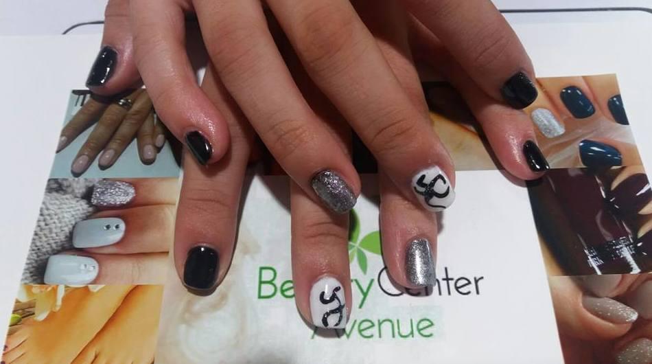 Foto 26 de Centros de estética y peluquería en Vall de Uxó | Beauty Center Avenue
