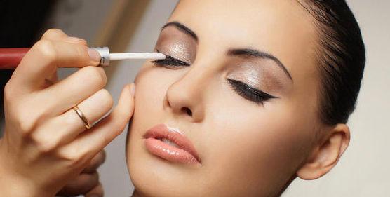 Maquillaje de fiesta: Peluquería y estética de Beauty Center Avenue
