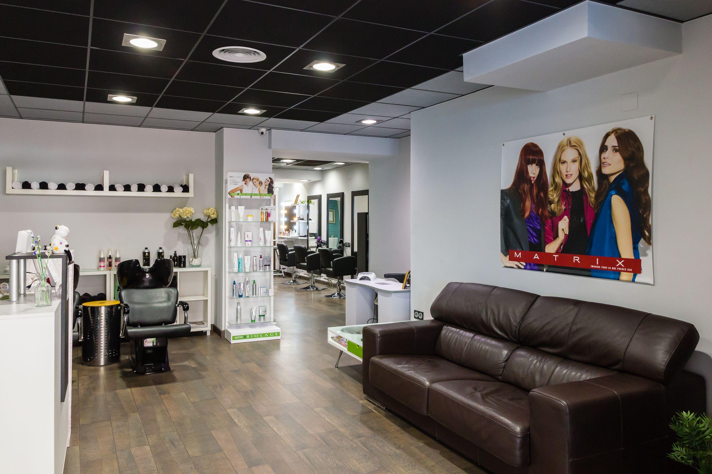 Foto 4 de Centros de estética y peluquería en Vall de Uxó | Beauty Center Avenue