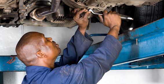"""Foto 6 de Taller de neumáticos y compra y venta de vehículos en Lorca   Taller de neumáticos Tercia S. L. """"El Sur"""""""