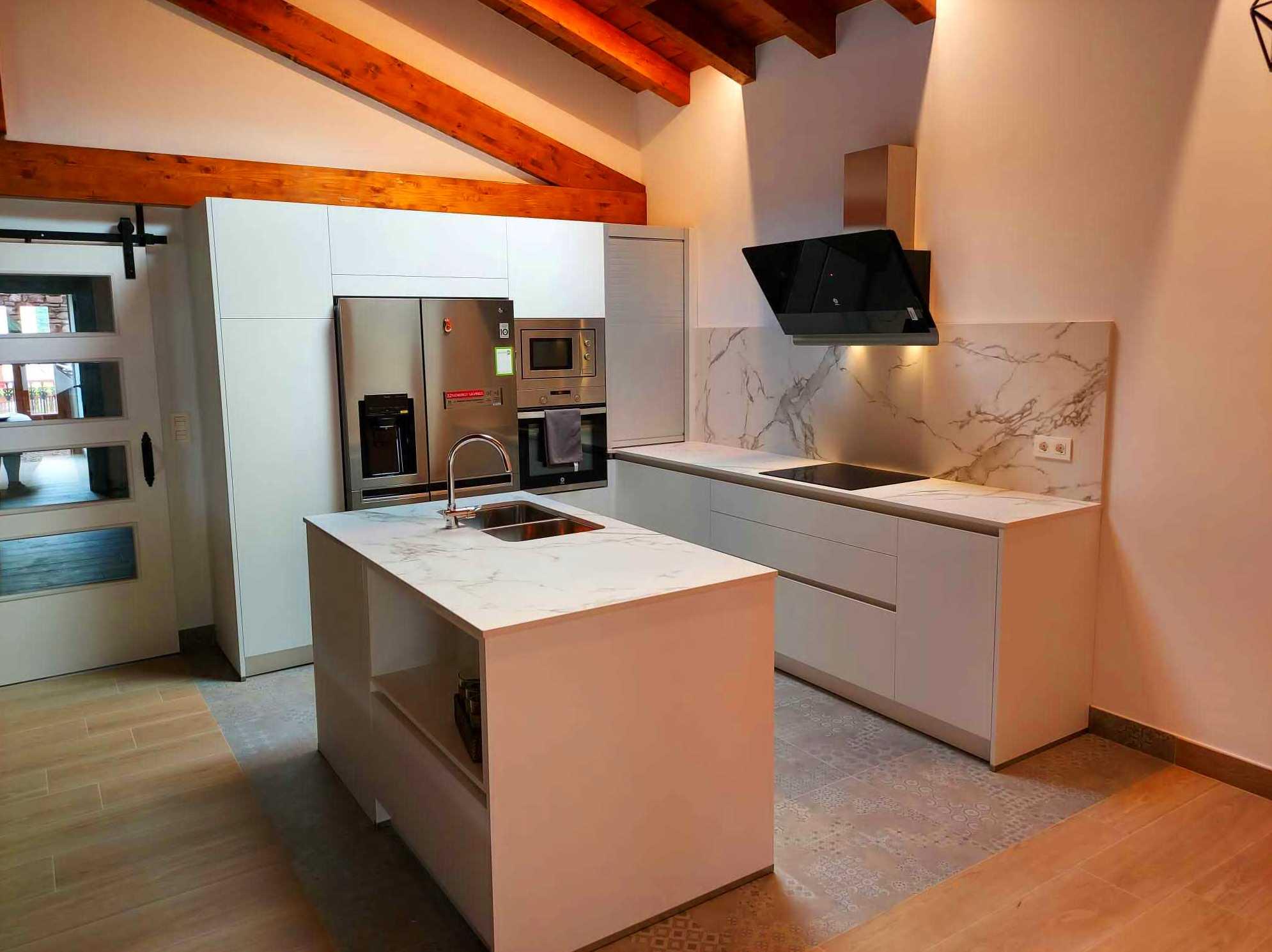 Foto 1 de Electrodomésticos y muebles en  | Electrodomésticos Miguelena