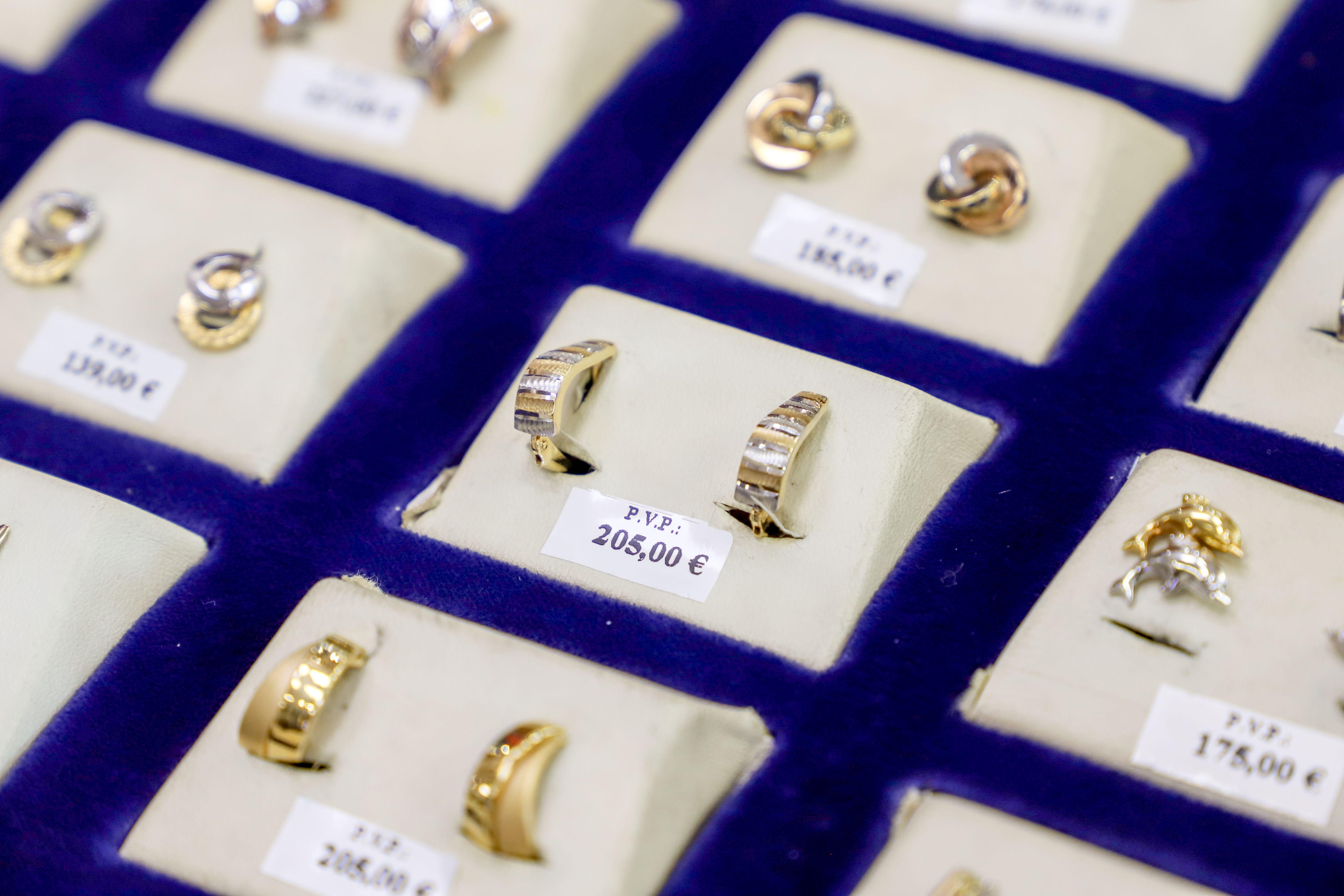 Joyería de oro y plata