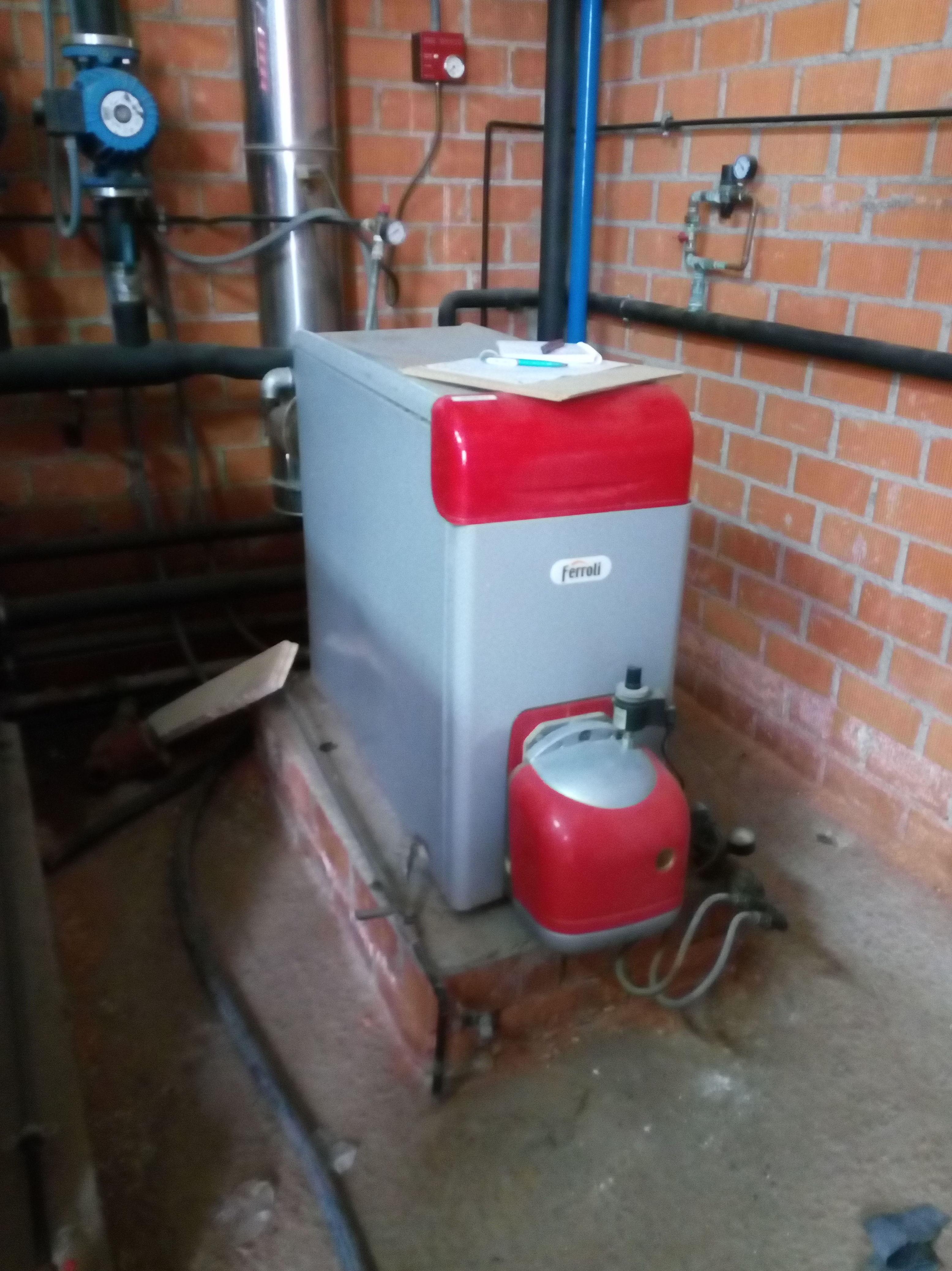 Trabajos de mantenimiento preventivos y puesta en marcha de instalacion de acs y calefaccion