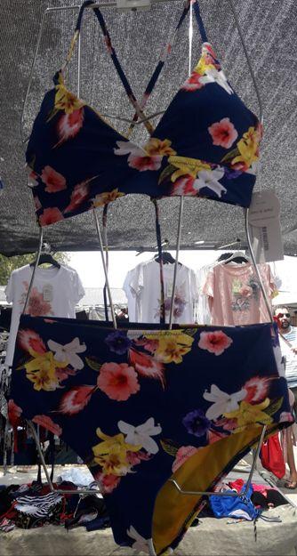 Venta de ropa de baño en Granada