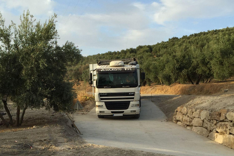 Excavaciones y transportes en Jaén