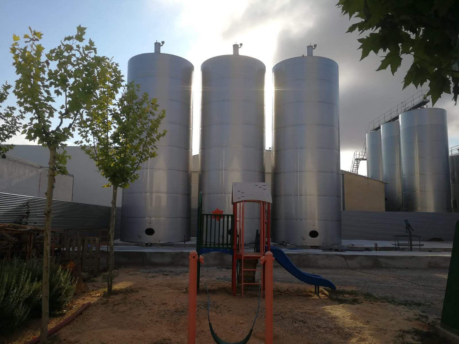Foto 5 de Trabajos en hierro y acero inoxidable en Villamalea | Servicios Inoxidables Albacete