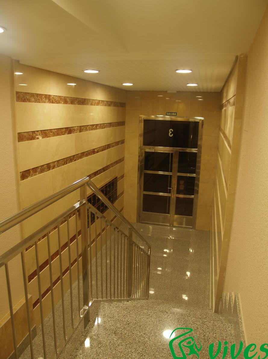 Instalación de ascensor en C/ Pérez Serrano nº 3