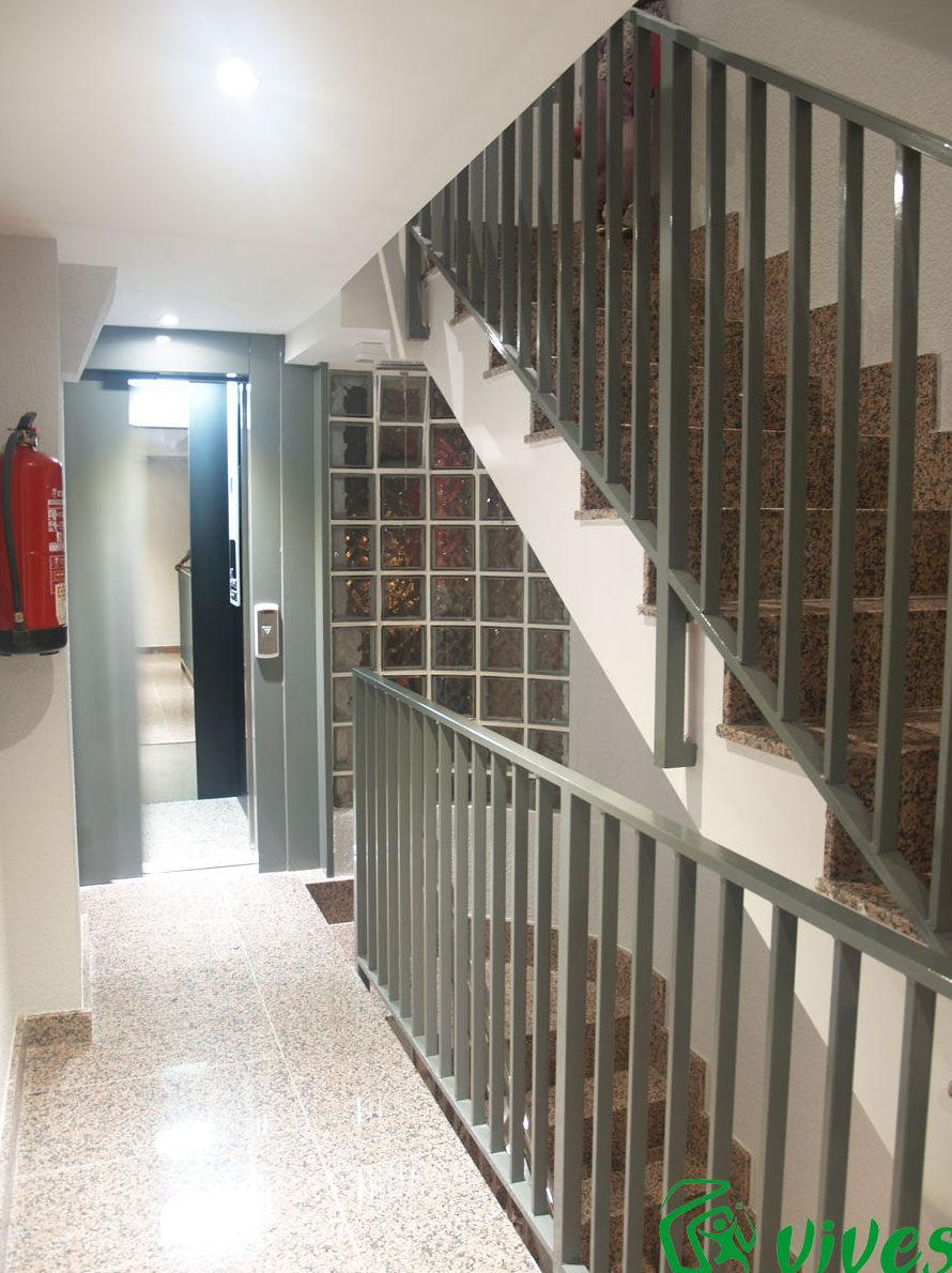 Instalación de ascensor en C/ Pérez Serrano nº 7
