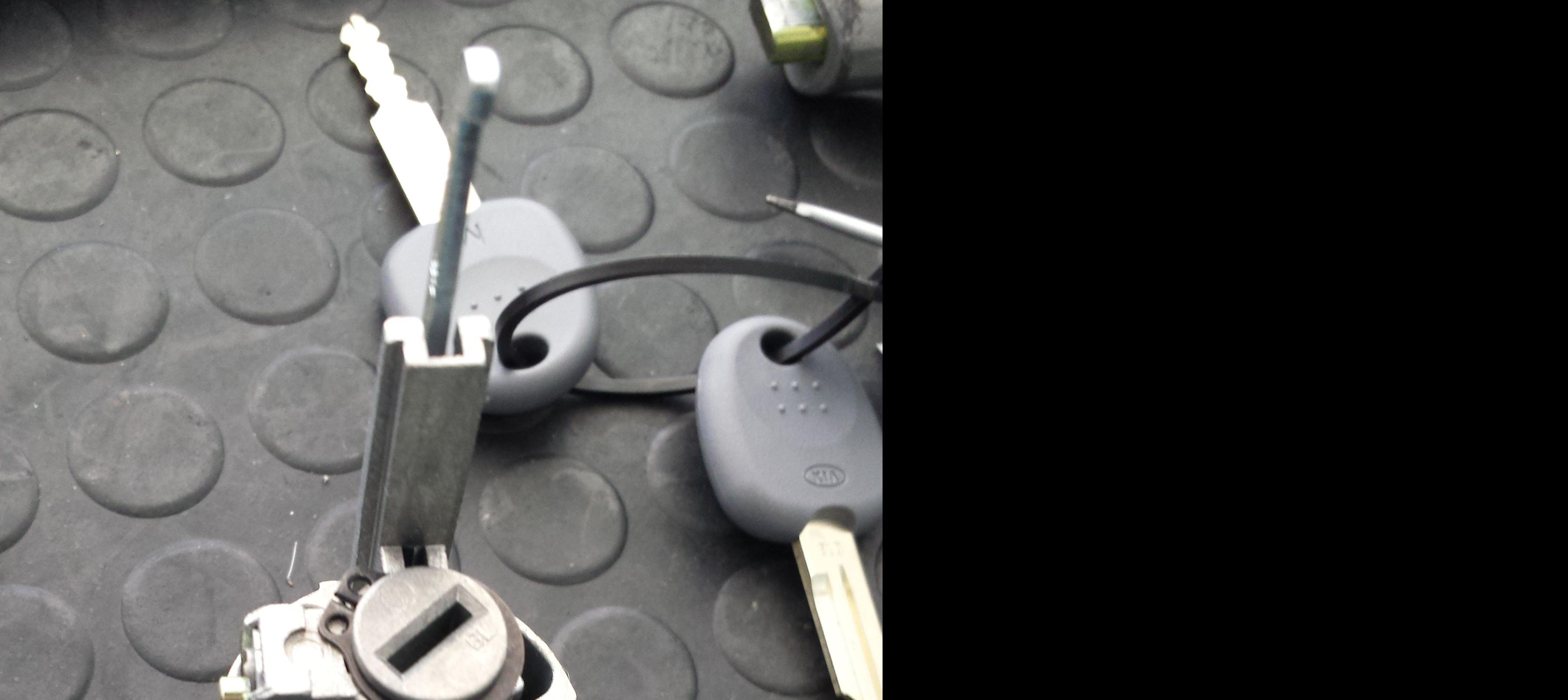 Foto 21 de Cerrajería del automóvil en Camas | CLONEKEY
