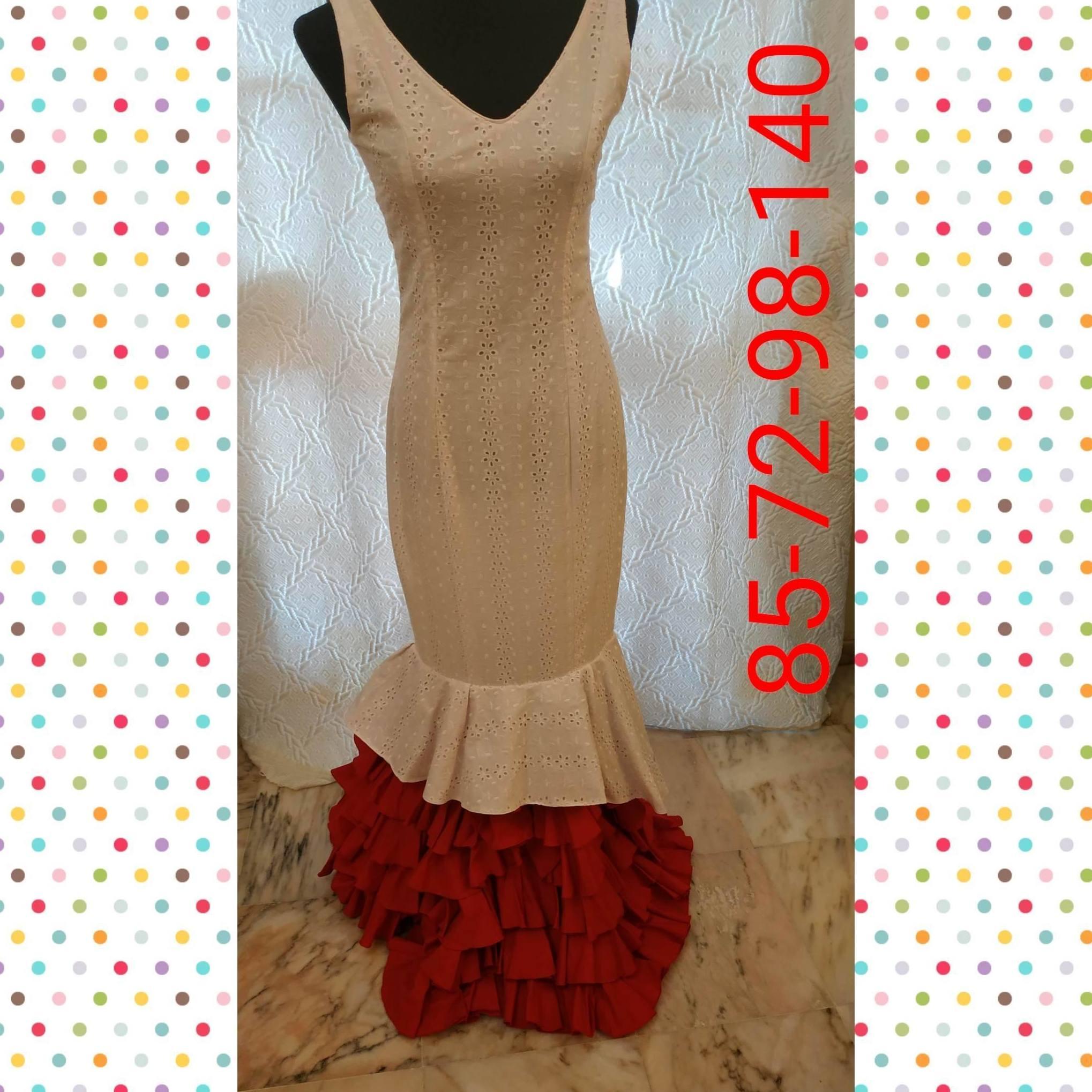 Traje  de flamenca modelo clavel