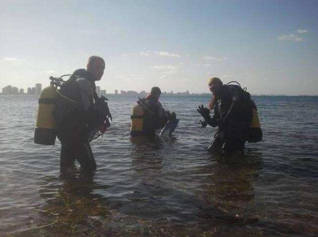 Club de submarinismo con cursos de todos los niveles