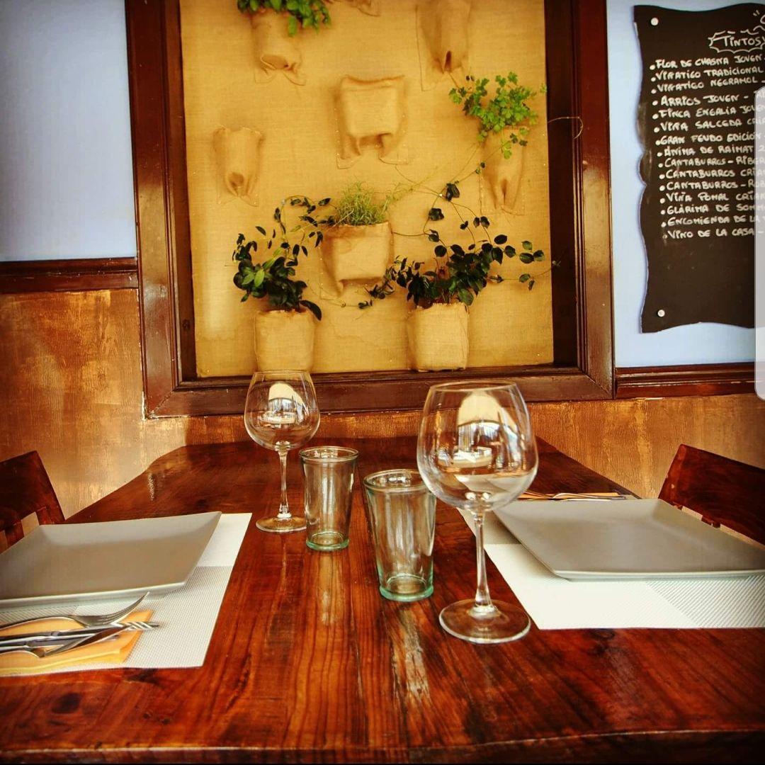 Bar con amplia carta de platos en La Orotava