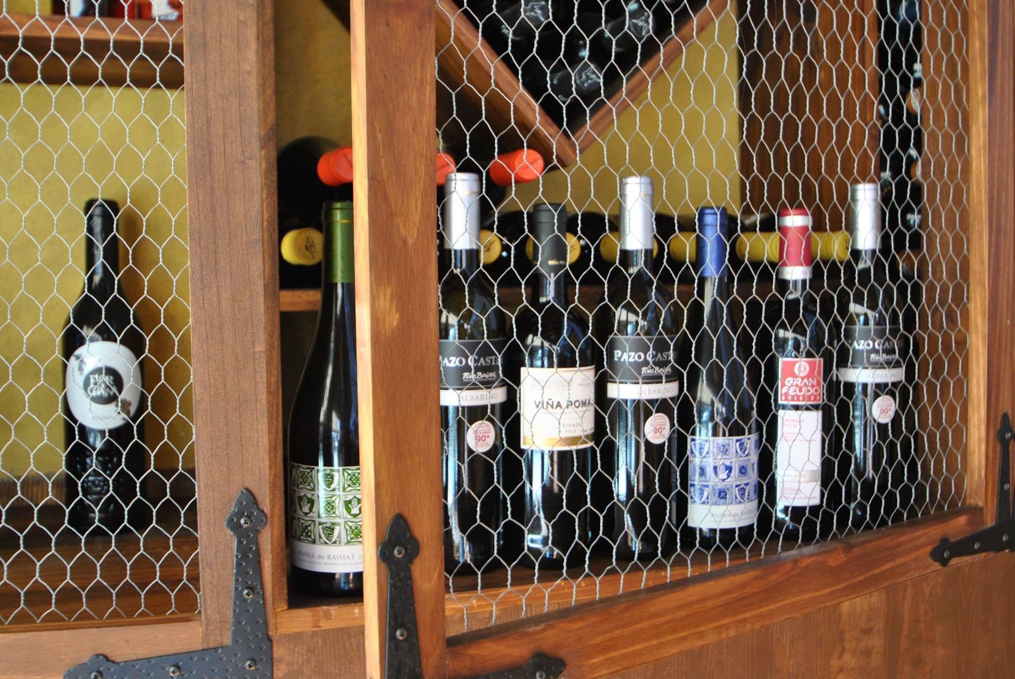 Bar con una gran vinoteca en La Orotava