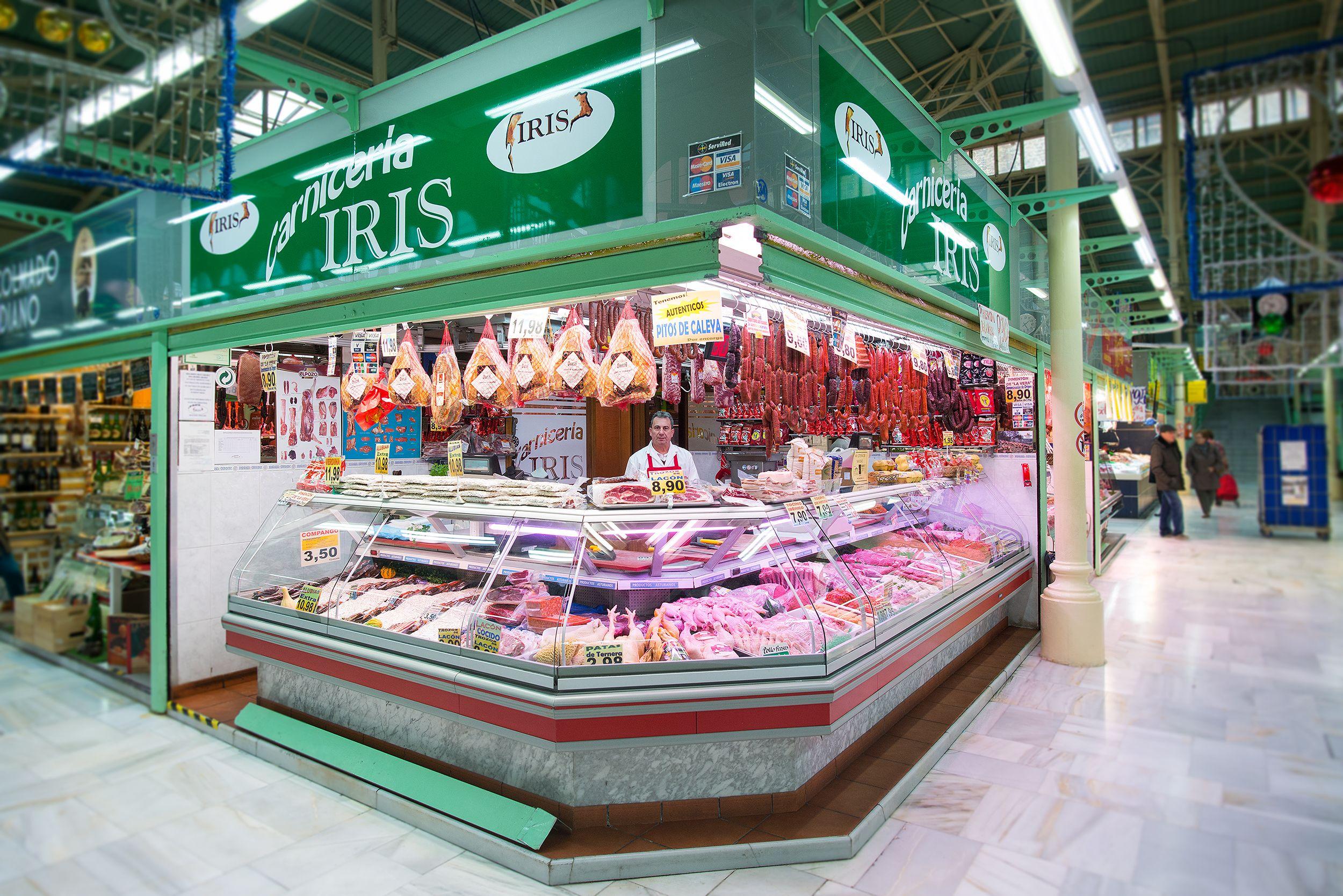 Carnicería en el Mercado Fontán, en Oviedo