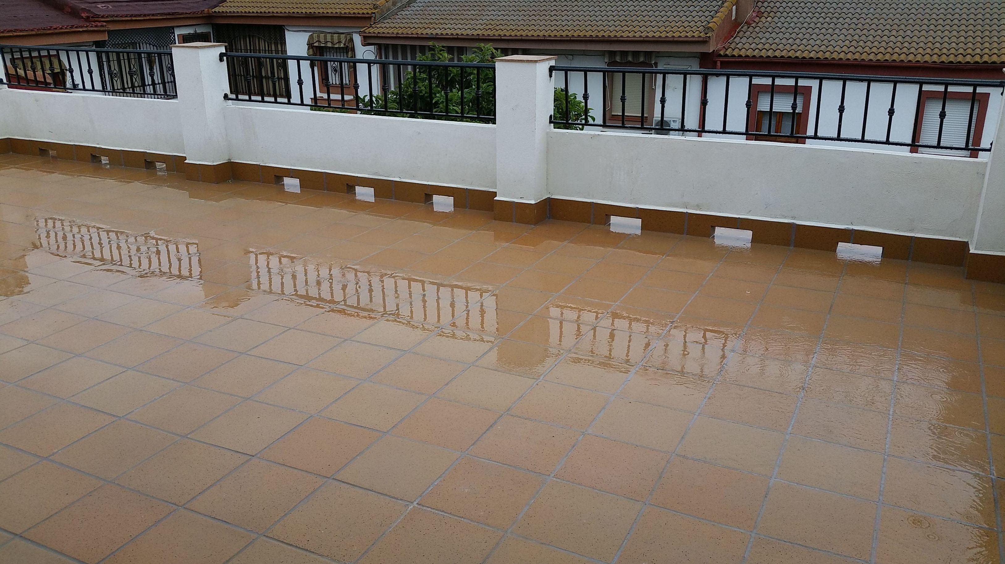 Impermeabilización y solado de terraza.