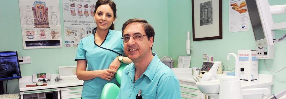 Foto 2 de Dentistas en Valladolid | Juan Luis Alonso de Dios