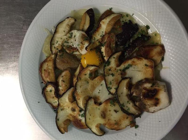 Foto 17 de Cocina tradicional en Eibar | Restaurante Tiro  Pichón