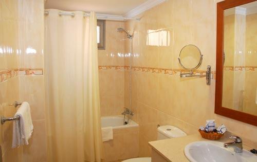 Foto 15 de Hoteles en Las Palmas de Gran Canaria | Hotel Pujol **