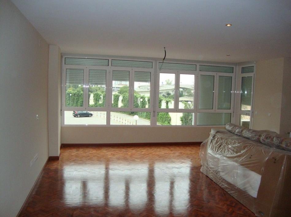 Reforma integral vivienda en Urb. Habitat 71 -Sevilla