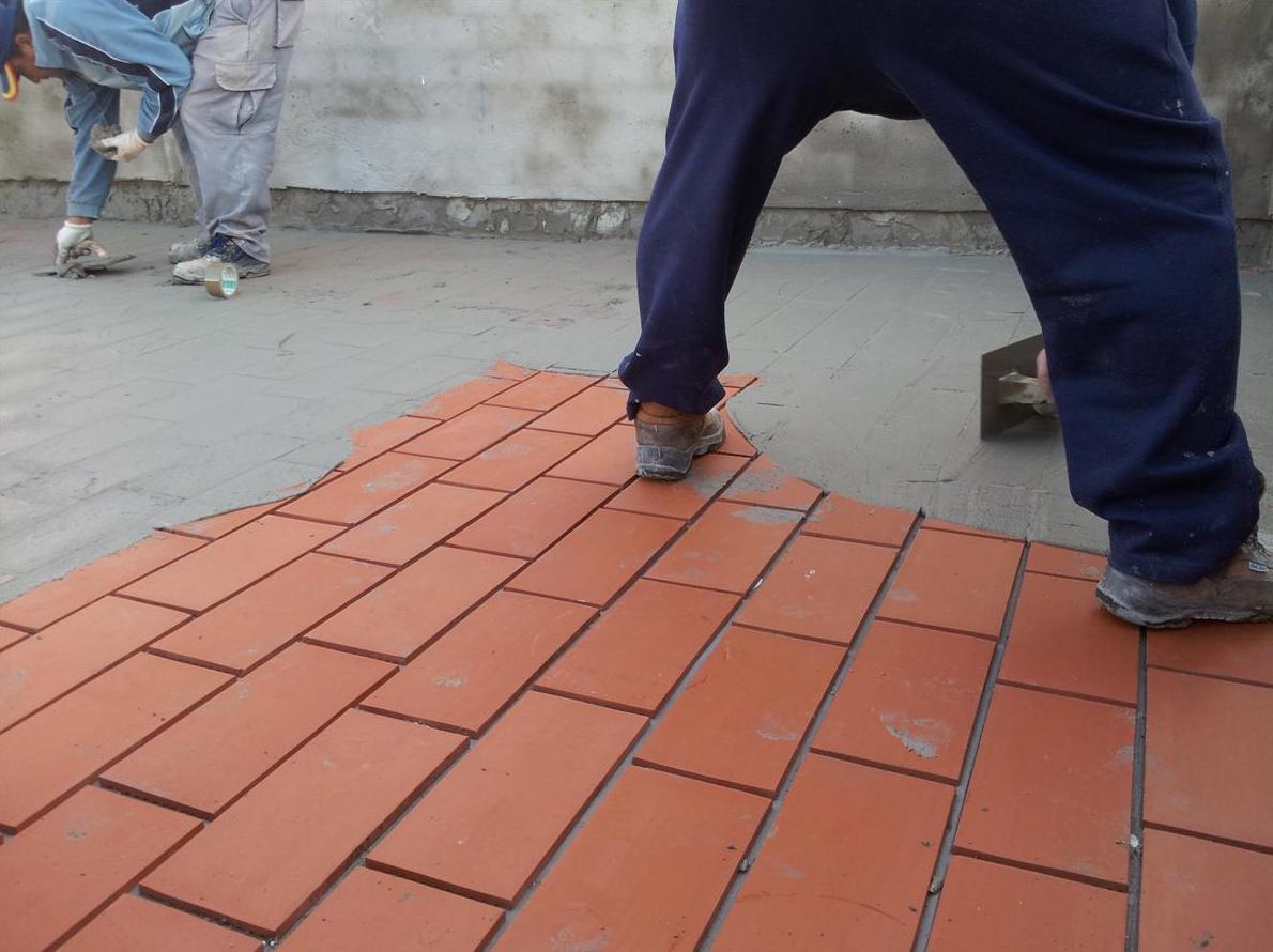 Instalación de pavimentos de exteror en Sevilla