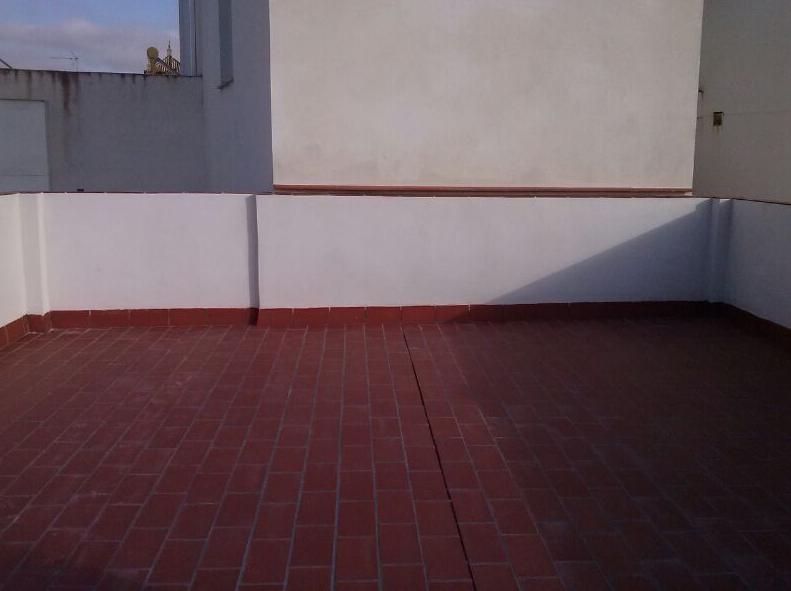Rehabilitación de cubierta e interiores de vivienda en Palomares - Sevilla