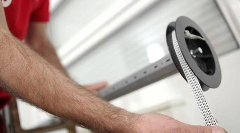 Reparación de persianas de hogar: Servicios de Cerrajeros Aragón