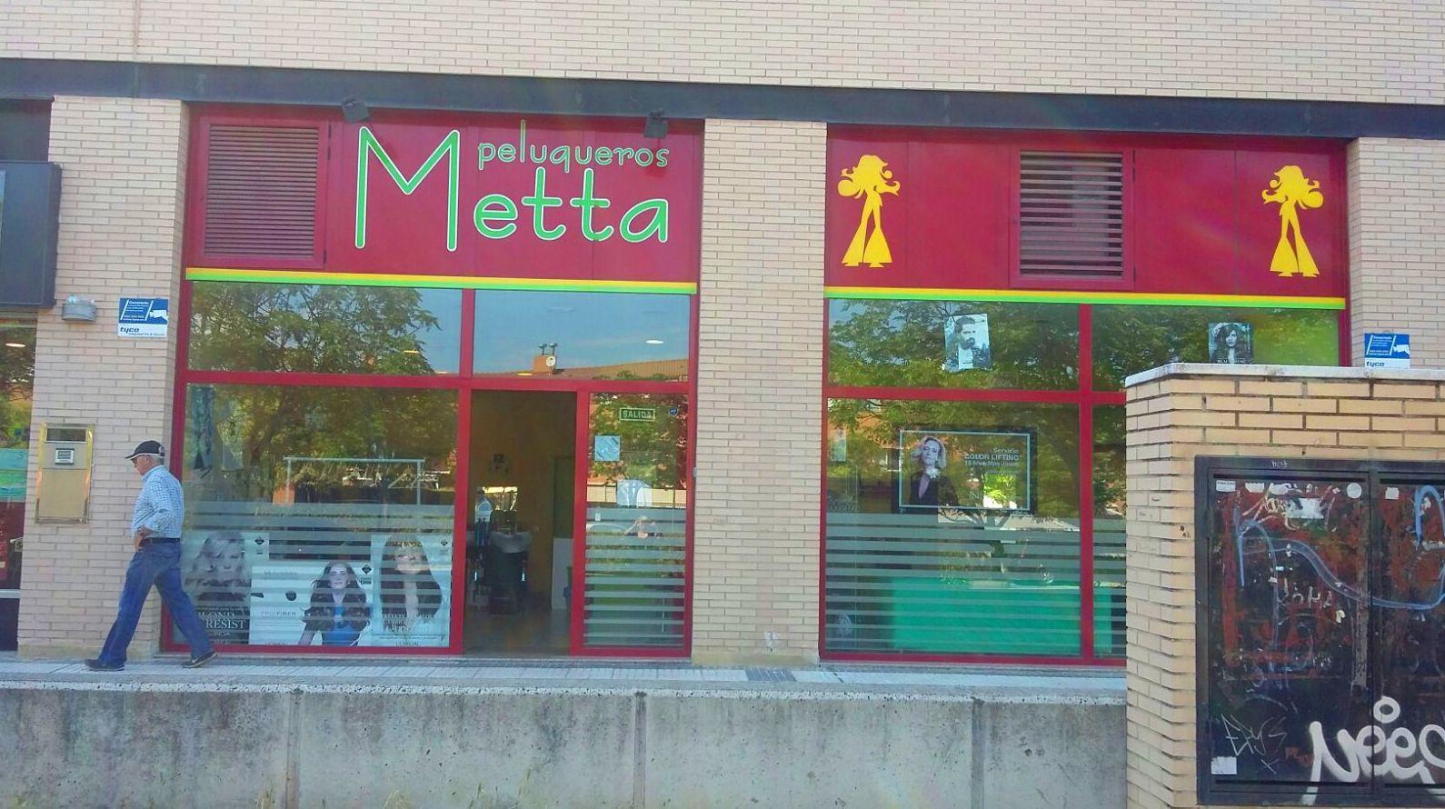 Foto 4 de Peluquerías de hombre y mujer en Alcalá de Henares | Metta Peluqueros