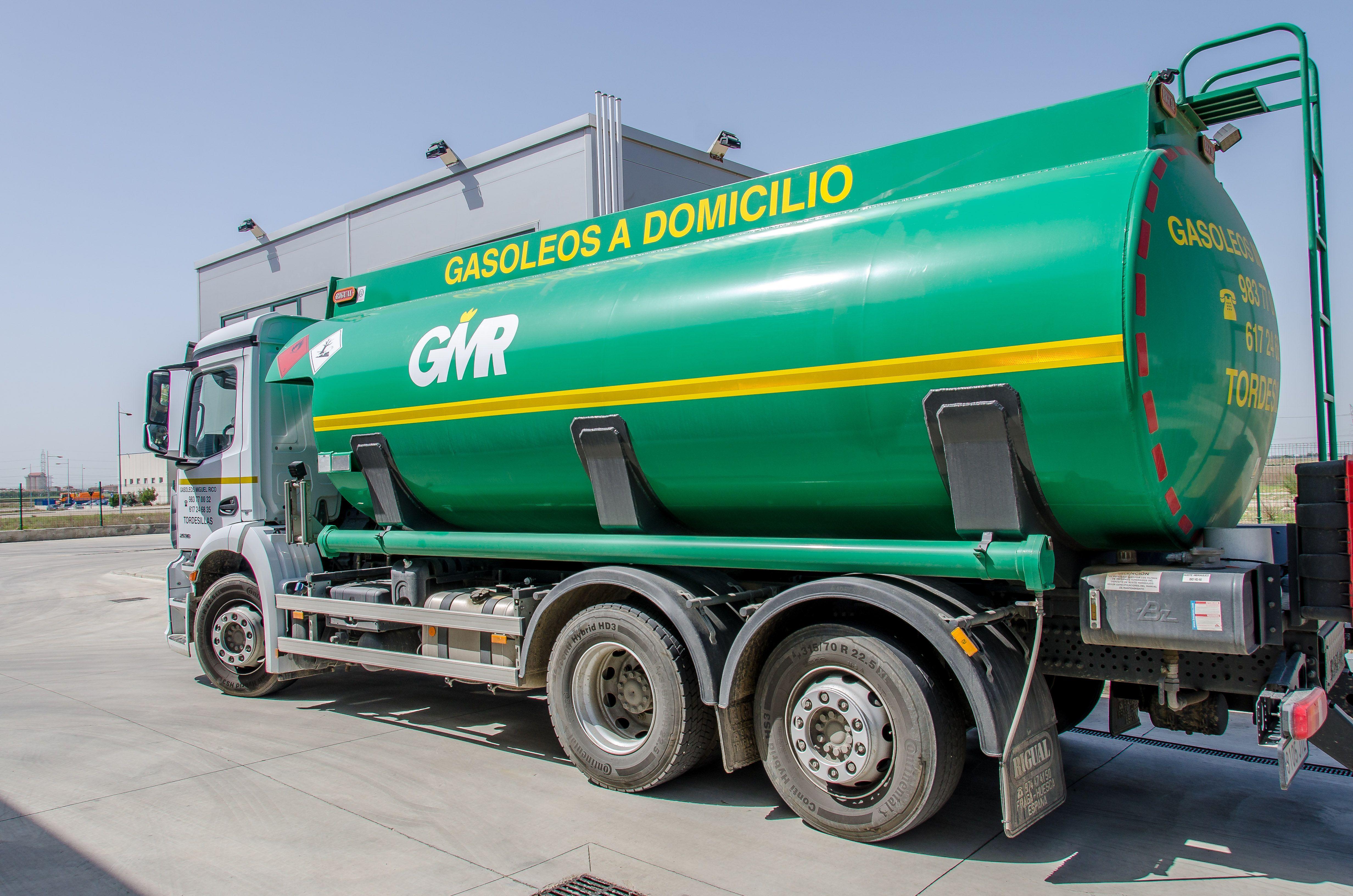 Transportamos diferentes tipos de gasóleo hasta donde nos solicites