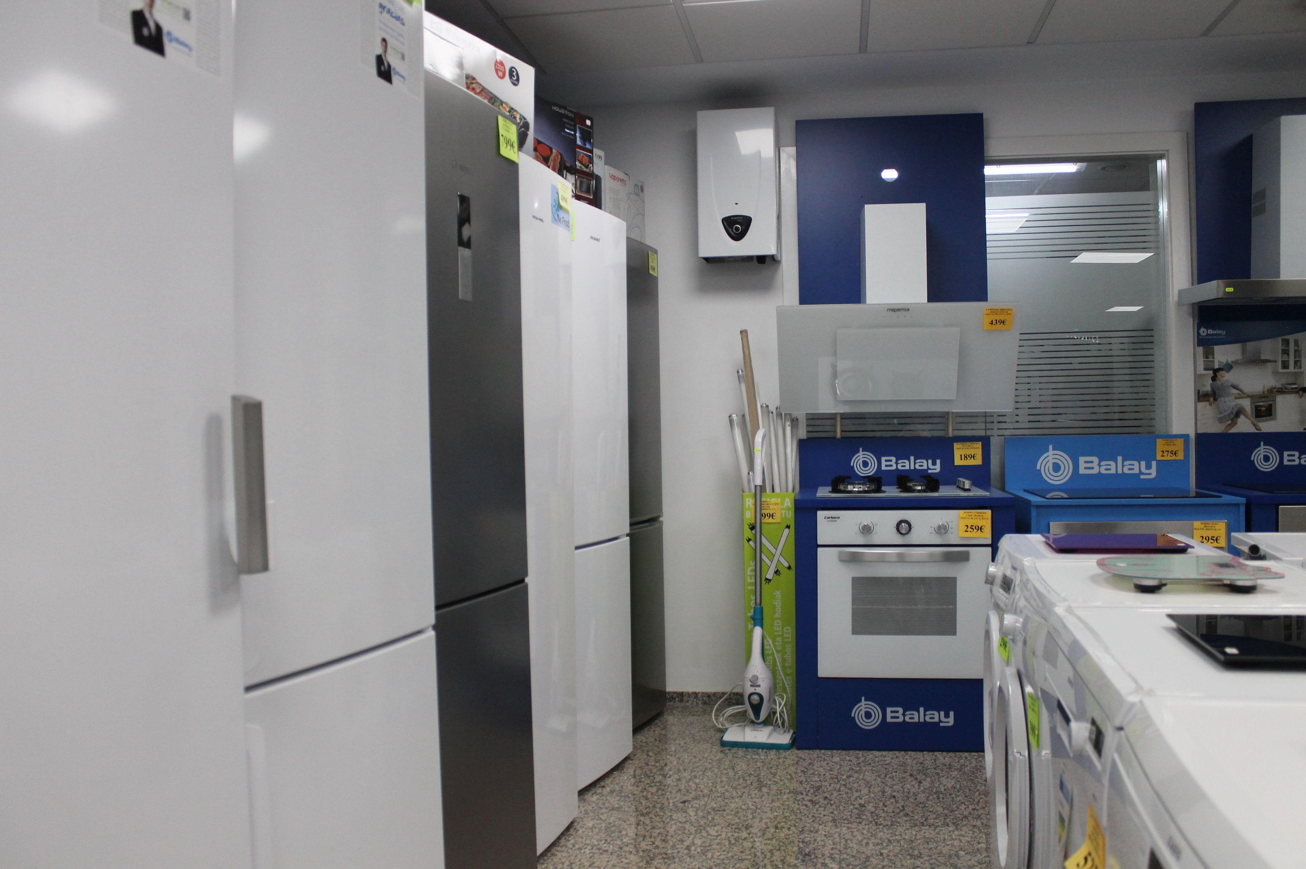 Venta de frigoríficos, calentadores, cocinas...en Tarragona