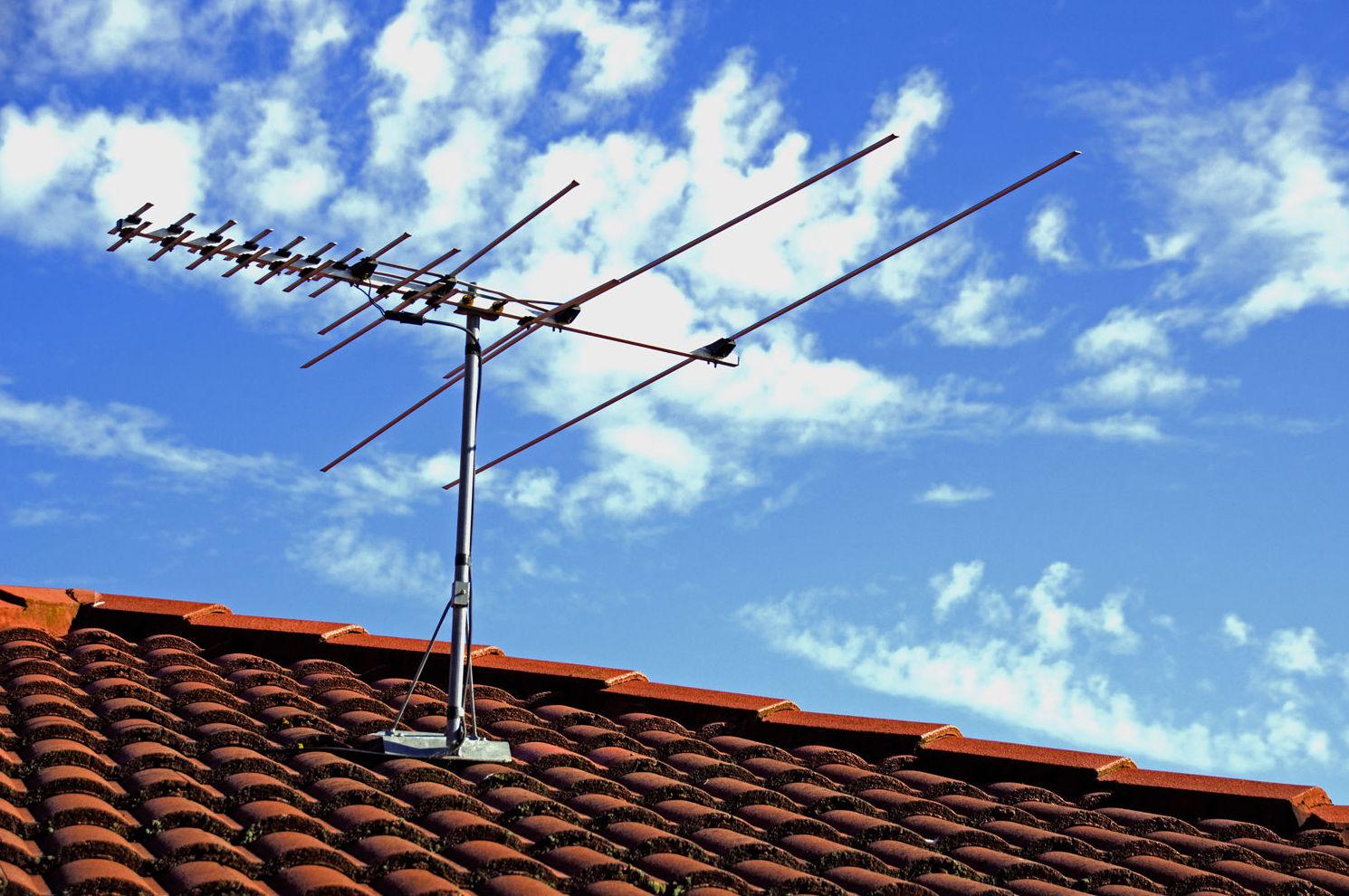 Antenas de televisión digital terrestre
