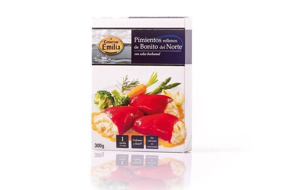 Pimientos rellenos de Bonito del Norte con salsa bechamel: Productos de El Racó del Bierzo