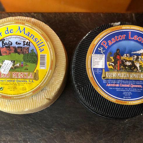 Pack oferta León : quesos mezcla 6 kg entre los 2: Productos de El Racó del Bierzo