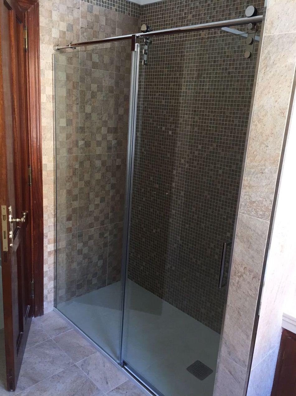 Venta e instalación de mamparas de ducha en Tenerife