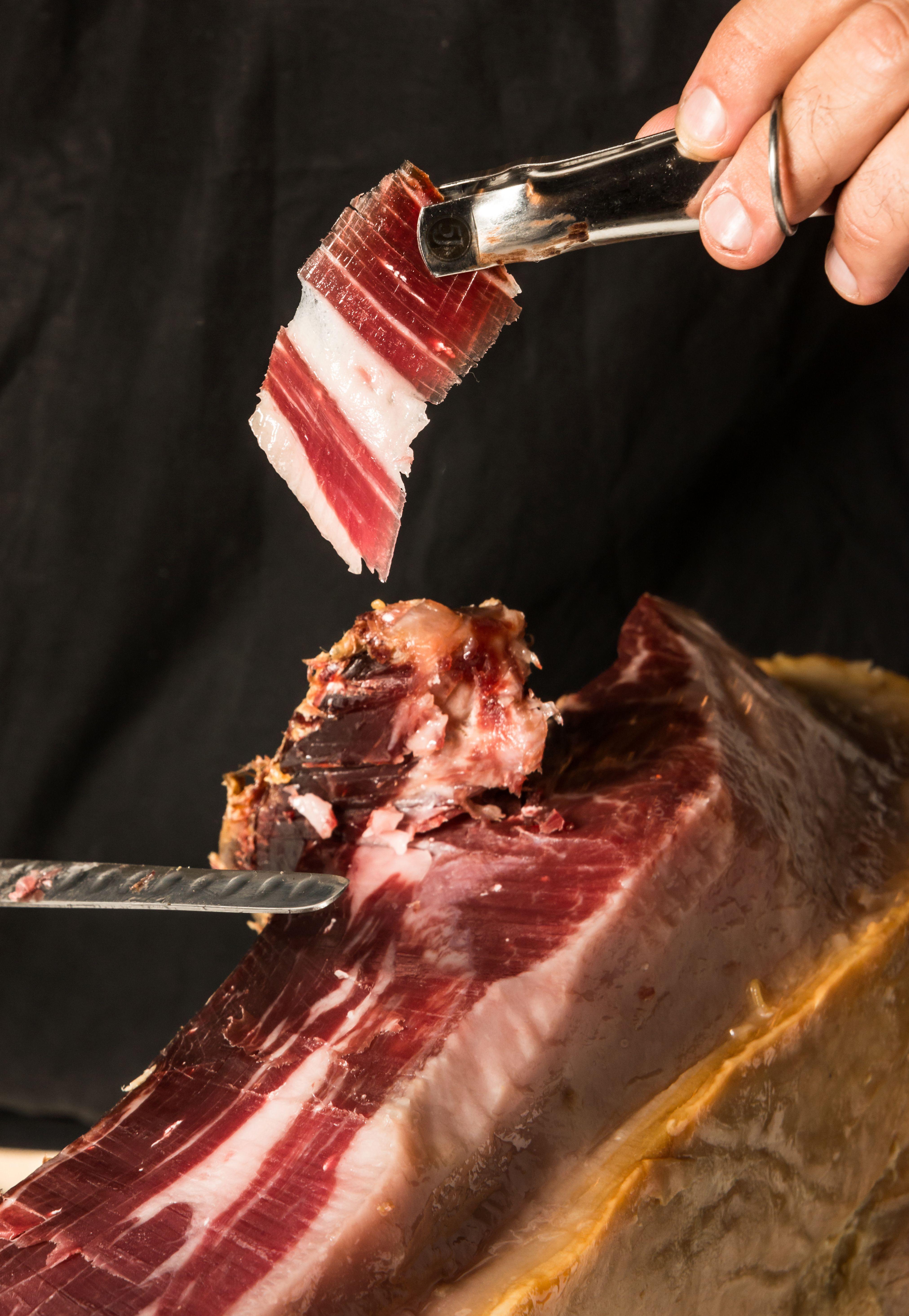 Jamón de bellota: Raciones y menús de Cafetería Cesar Las Ventas